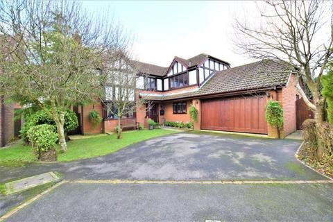 4 bedroom detached house for sale - Regency Crescent, Kirkham, Preston, Lancashire, PR4 2DX