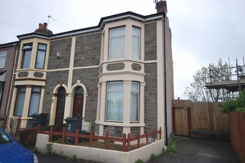 2 bedroom end of terrace house to rent - 10 Hillside Road, BRISTOL