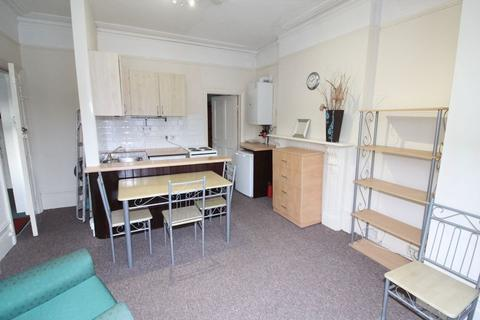 1 bedroom apartment to rent - Meadowcroft Road, London
