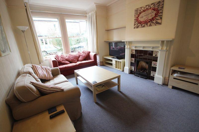 4 Bedrooms Terraced House for rent in Rochester Terrace, Headingley