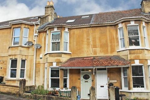 3 bedroom terraced house for sale - Magdalen Avenue, Bath