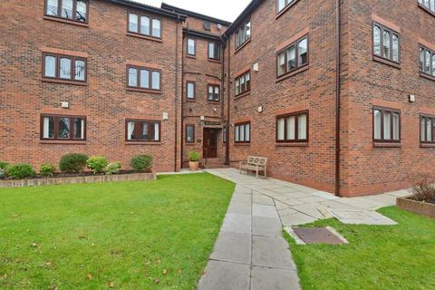 2 bedroom apartment for sale - Holyrood House, 434 Bury Old Road, Prestwich, Manchester