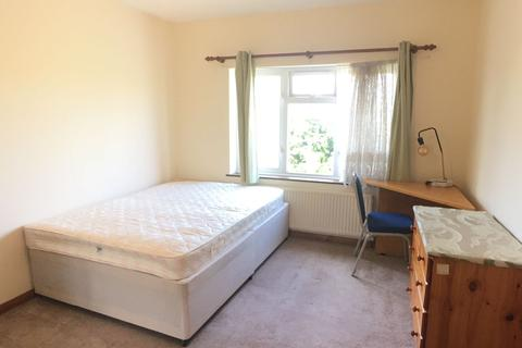 1 bedroom house share to rent - En-Suite available on St Albans Road