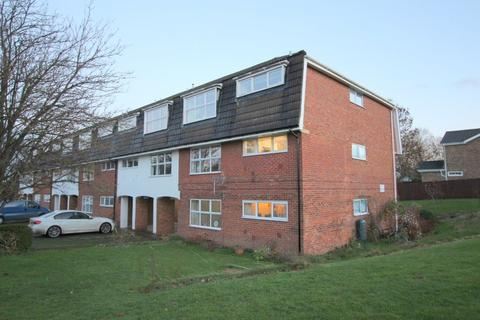 2 bedroom flat to rent - Grasmere Way, Linslade