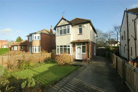 3 bedroom semi-detached house to rent - Fearnville Place, LS8
