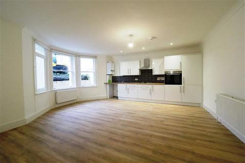 2 bedroom flat to rent - Burrage Road, Woolwich, London, SE18