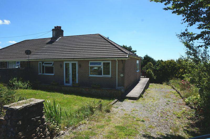 4 Bedrooms Bungalow for sale in Callington