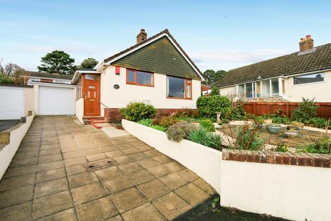2 bedroom detached bungalow for sale - Norman Close, Highweek