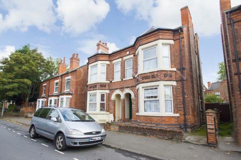 6 bedroom semi-detached house to rent - Gloucester Avenue, Lenton, Nottingham