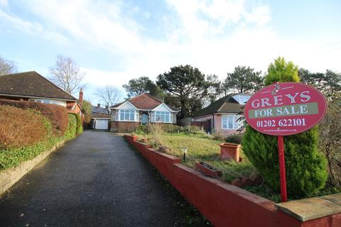 2 bedroom detached bungalow for sale - Moorland Crescent, Upton