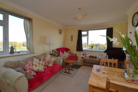 2 bedroom apartment for sale - Martello Drive, Hythe, Kent