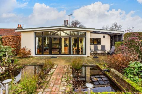 3 bedroom detached bungalow for sale - Main Road, Sundridge, Sevenoaks TN14