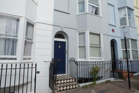 2 bedroom flat to rent - St Georges Terrace, Kemp Town, Brighton
