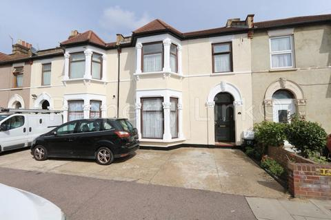 4 bedroom terraced house for sale - Seven Kings Road, Ilford