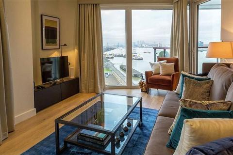 2 bedroom flat for sale - Royal Arsenal Riverside, Duke of Wellington Avenue, London, SE18 6FR