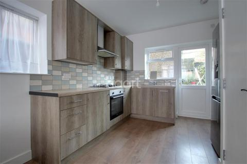 5 bedroom semi-detached house to rent - ST. JAMES