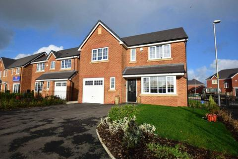 4 bedroom detached house for sale - Goldfinch Drive, Clifton