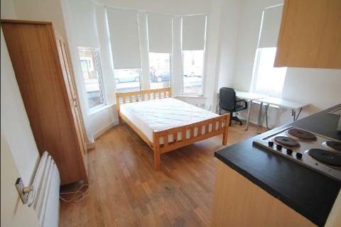 Studio to rent - Arthur Avenue, Lenton, Nottingham, Nottinghamshire, NG7
