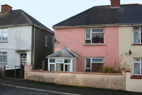 3 bedroom semi-detached house for sale - Precelly Place, Milford Haven, Pembrokeshire