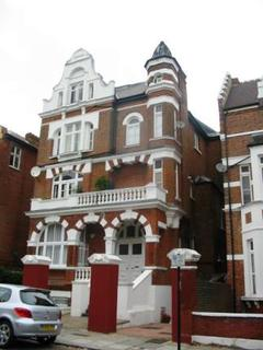 Studio to rent - Compayne Gardens, West Hampstead, London, NW6