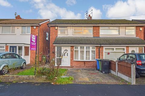 3 bedroom semi-detached house to rent - Gawsworth Close, Timperley, Altrincham, Greater Manchester, WA15