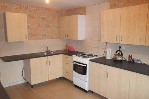 Property to rent - Norton Close B66 3JA