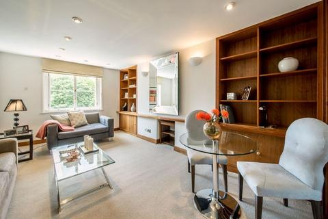 1 bedroom flat to rent - Eaton Square, Belgravia, London, SW1W