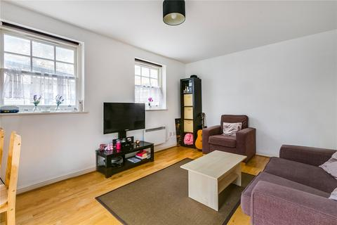 1 bedroom flat to rent - Commercial Road, London