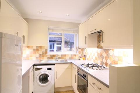 1 bedroom house share to rent - Kingsway Road, Cheam, SM3 8SL