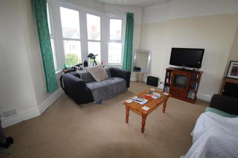 2 bedroom flat to rent - Whitchurch Road, Gabalfa - Cardiff
