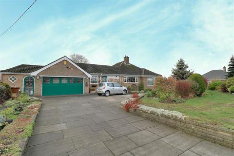 3 bedroom bungalow for sale - Sandylands Crescent, Cheshire