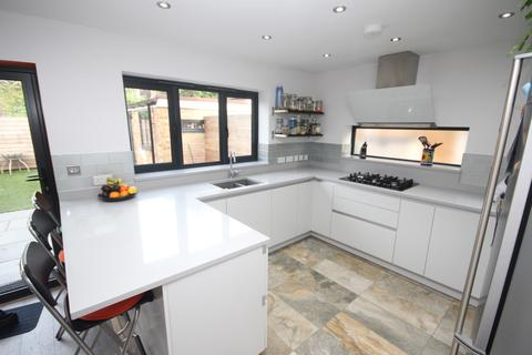 3 bedroom house to rent - Coombes Close, Billericay, CM12