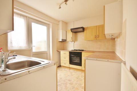 2 bedroom house to rent - Cornworthy Road, Dagenham, RM8