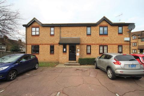 2 bedroom flat for sale - Sapphire House, Ferro Road, Rainham, Essex