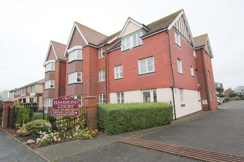 1 bedroom flat for sale - Connaught Avenue, Frinton-On-Sea