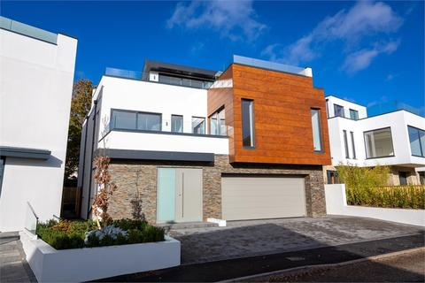 4 bedroom detached house to rent - Daylesford Close, Whitecliff, Poole, Dorset