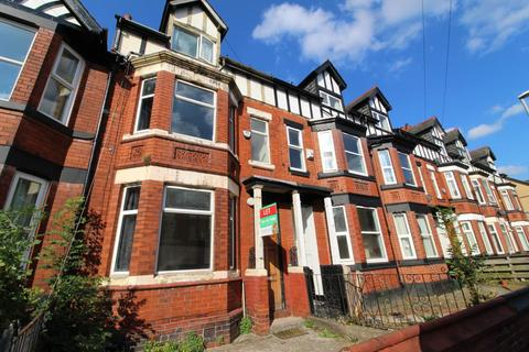 6 bedroom semi-detached house to rent - Latchmere Road, Fallowfield, M14