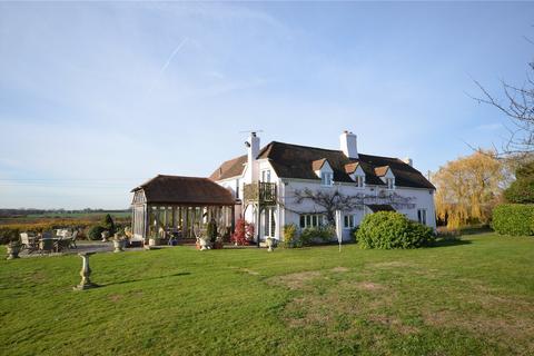 4 bedroom detached house for sale - Strawberry Hall, Magdalen Laver, ONGAR,  Essex, CM5
