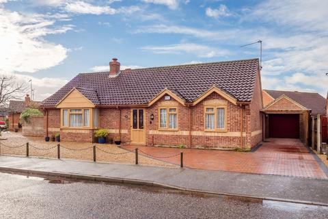 3 bedroom detached bungalow for sale - Holt