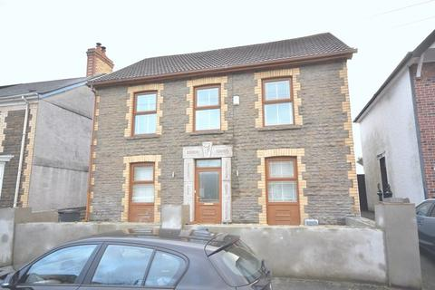 5 bedroom detached house for sale - 7 Evelyn Road, Neath, SA10 6LH