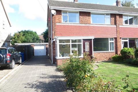 3 bedroom semi-detached house to rent - Beechdale, Cottingham, HU16 4RH