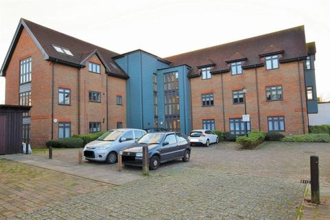 2 bedroom apartment to rent - CHEAM