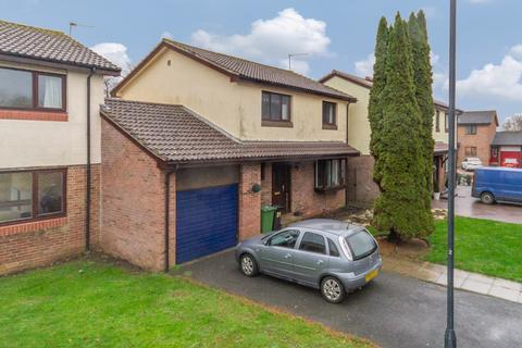 4 bedroom semi-detached house to rent - Walshe Avenue, Chipping Sodbury, Bristol, BS37