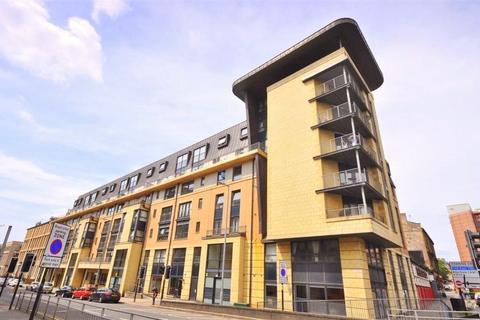 Garage to rent - Car Parking Space, Berkeley Street, Glasgow, G3