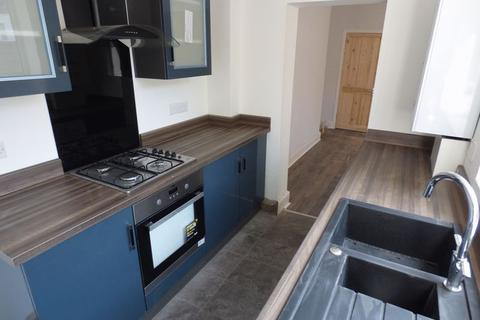 2 bedroom terraced house to rent - Moston Street, Stockport