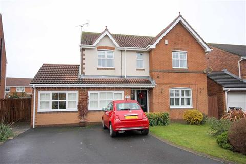 4 bedroom detached house for sale - Holyfields, West Allotment, NE27