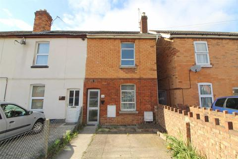 2 bedroom end of terrace house for sale - Newton Avenue, Gloucester