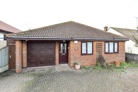 4 bedroom detached bungalow for sale - Coventry Gardens, Herne Bay