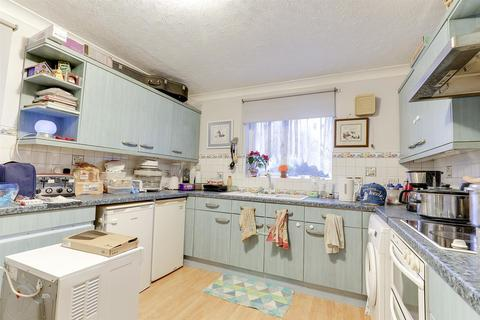 2 bedroom apartment for sale - Fallowfield, Sittingbourne