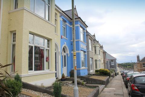 3 bedroom townhouse for sale - Short Park Road, Peverell, Plymouth